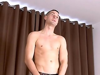 A Horny Wank With New Guy Sean - Sean Savoy